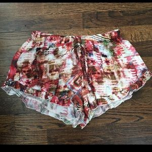 Cotton Candy- mixed pattern ruffle shorts (S)